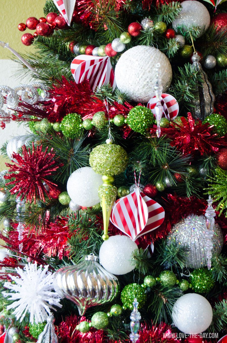 30  awesome christmas tree decorating ideas  u2013 eazy glam