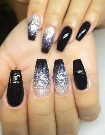 37 Black Glitter Nails Designs That You Can Make – Eazy Glam