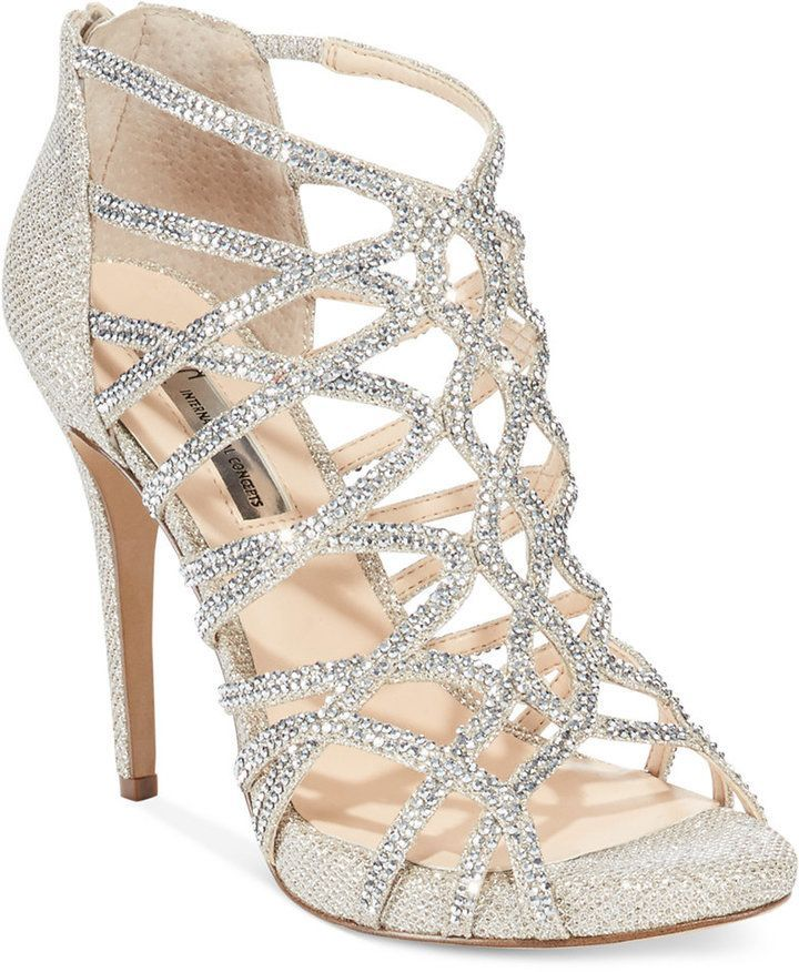 CUTE HOMECOMING SHOES TO LOOK PRETTY