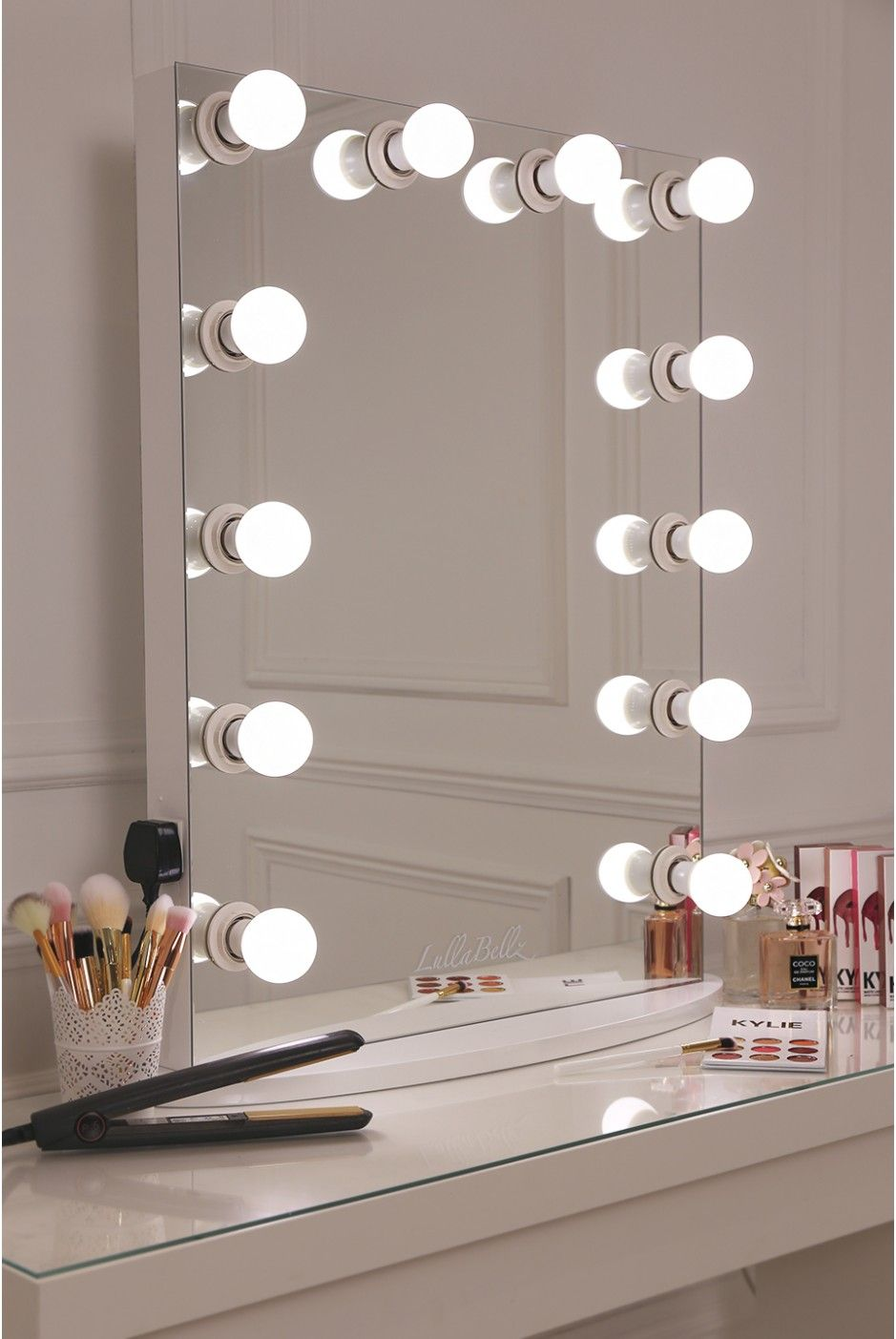 35 Most Popular Makeup Vanity Table Designs Eazy Glam