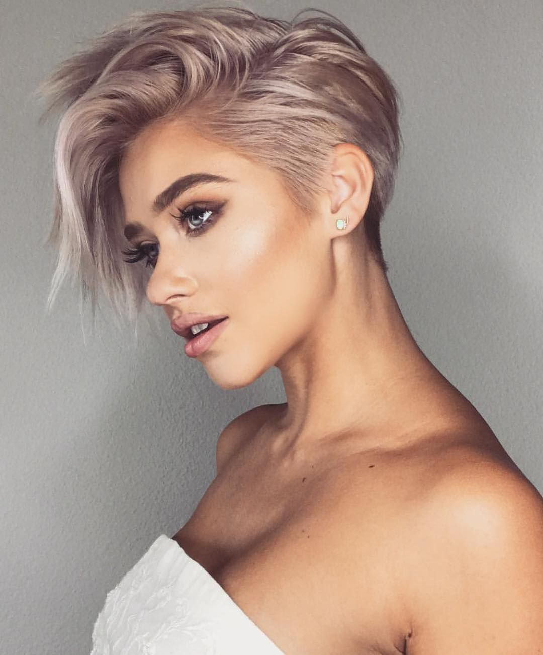 10 Best Short Haircuts for Women – Eazy Glam