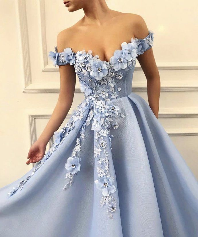 32 Most Popular Prom Dresses for 2019